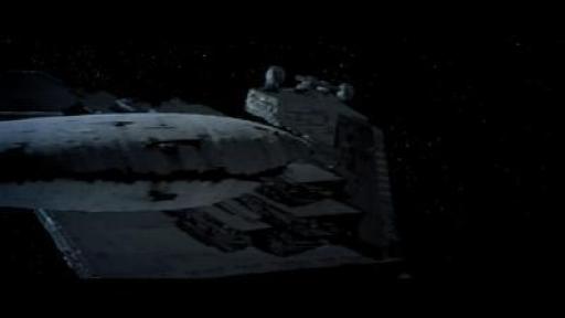 Le Quantum Storm dépasse le destroyer Tyrant, inopérant à cause des salves du canon à ions