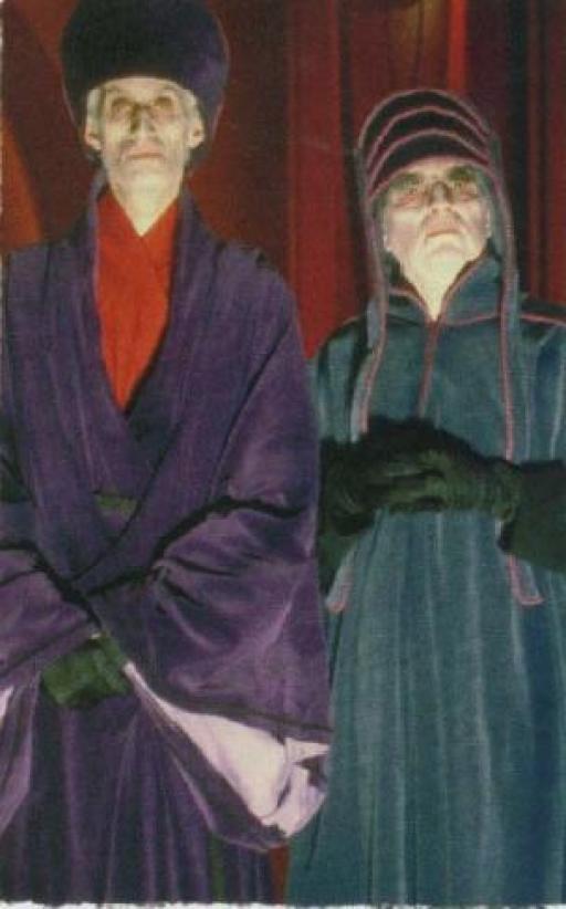 Deux loyaux Conseillers, Adeptes du Côté Obscur
