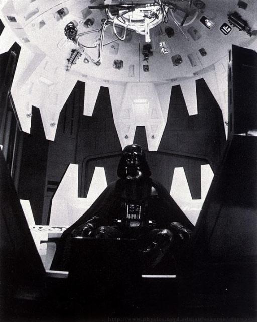 Darth Vader dans sa bulle de méditation, à bord de l'Executor.